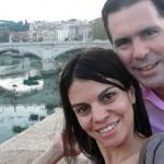 Cruzando el Rio Tiber del Vaticano hacia Roma