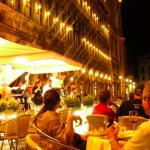 Escuchando musica clasica en los cafes de la piazza san marco en venecia