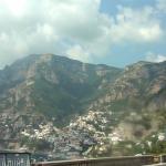 Paisaje de casas en la ladera en Positano